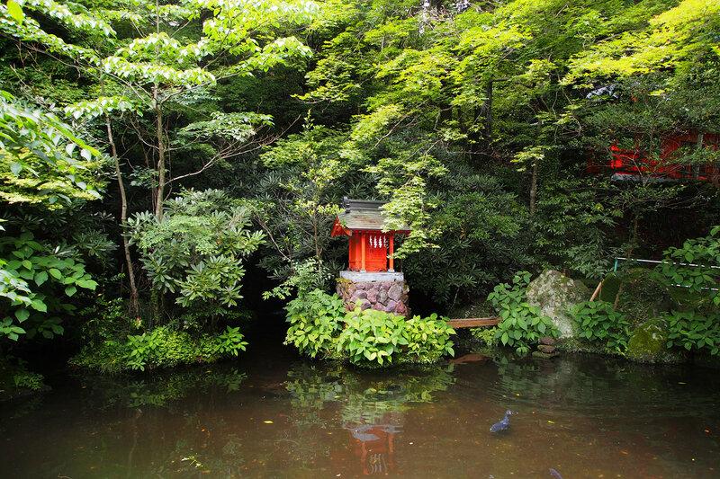 Синтоистское святилище Хаконе-дзиндзя