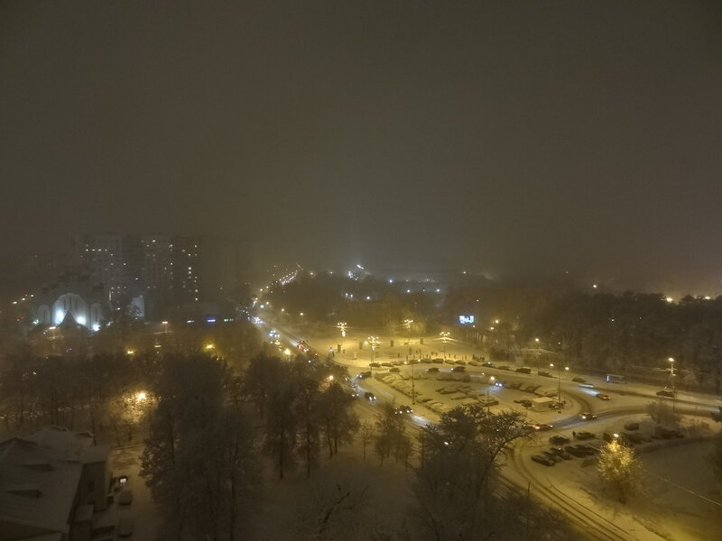 Сокольники, вечер, снегопад