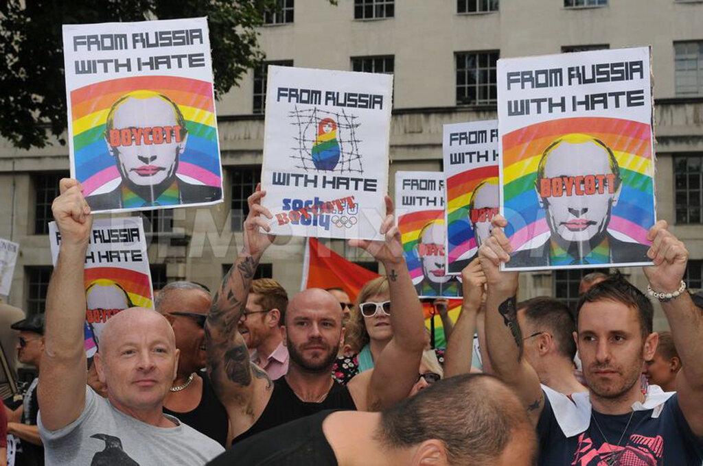 В украинской власти и оппозиции гомосексуалисты