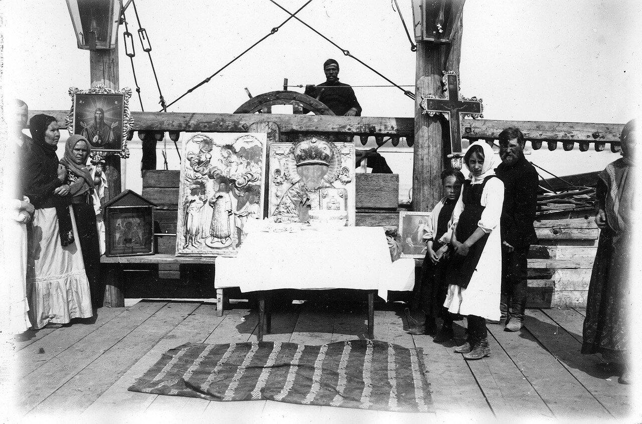 Молебен на пароходе в Никольский праздник 9 (12) мая К. ХIX — нач. XX в.