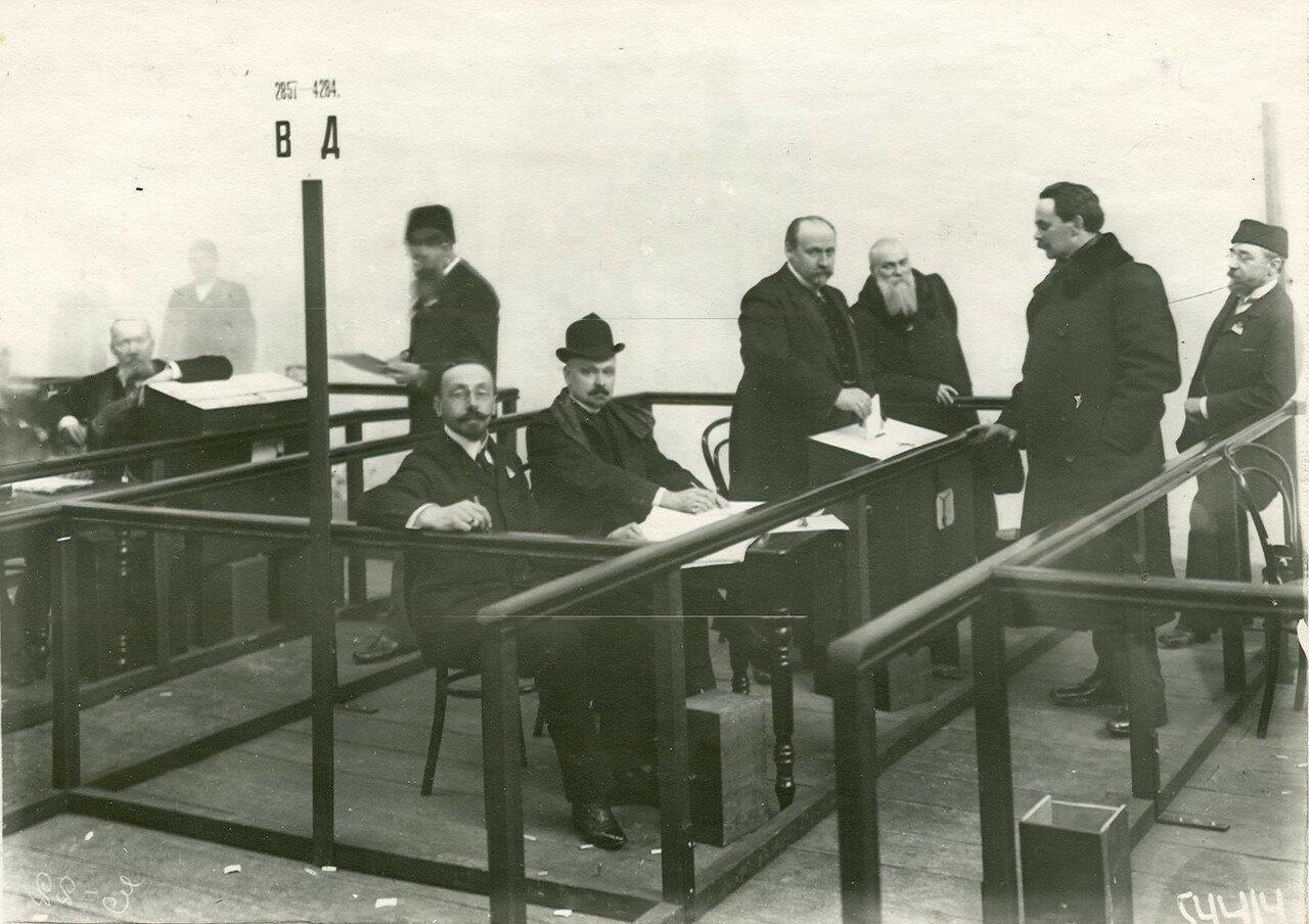 Голосование избирателей депутатов Второй Государственной думы в Соляном городке