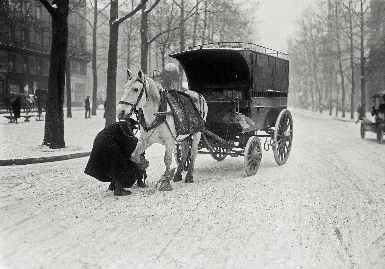 1920, 16 декабря. Зимняя сцена в Париже