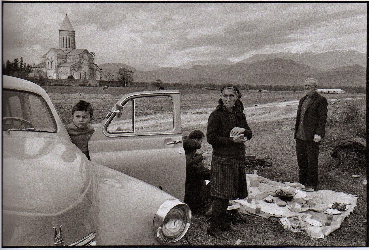 1972. Грузия. Телави. Монастырь Алаверди. Георгоба (день святого Георгия Победоносца)