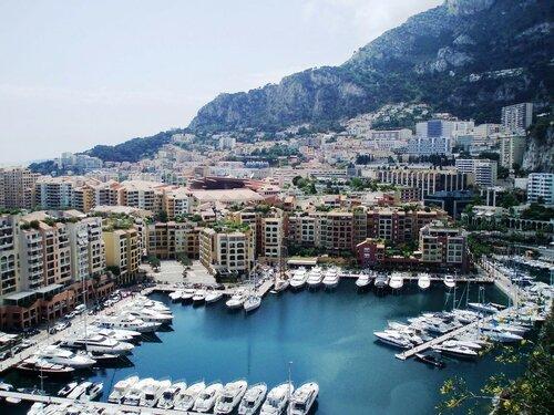 Княжество Монако-Вилль с террасы Экзотического сада