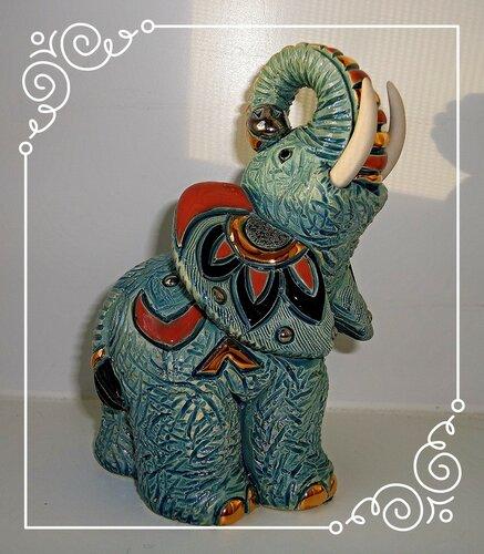 Приглашает слоник в цирк!!!!!