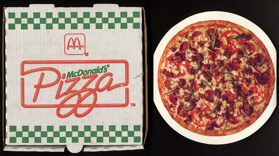 13. Мало кто знает, но в 1970-х в McDonald's можно было заказать пиццу. (Roadsidepictures/CC BY-NC-N