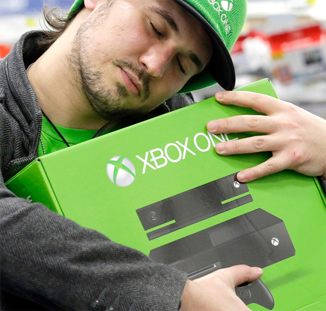 Microsoft представила портрет среднестатистического владельца Xbox One