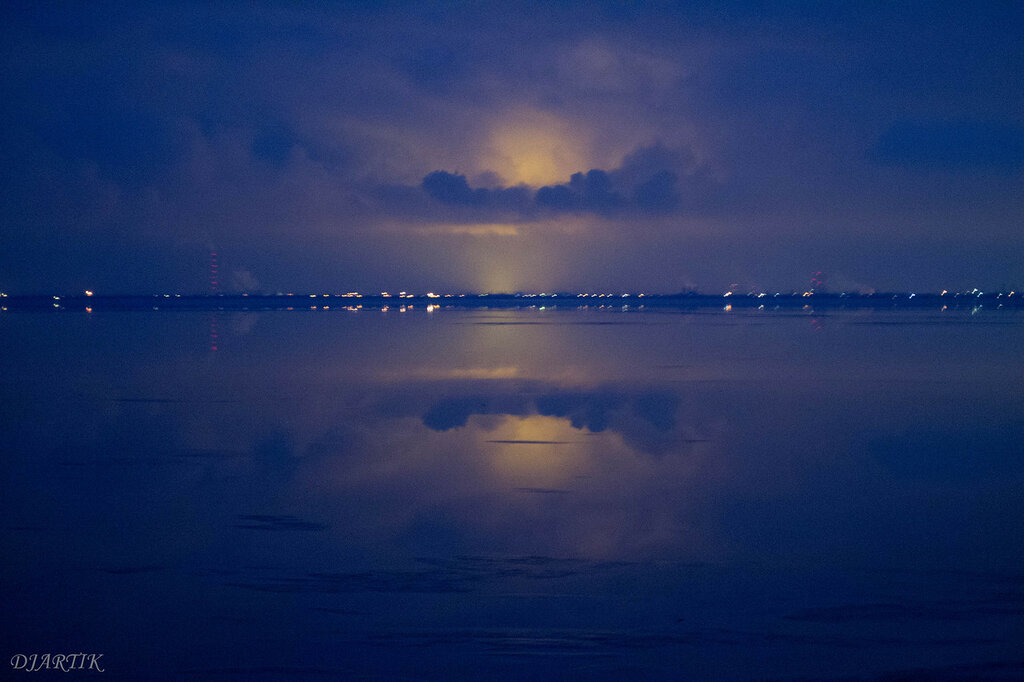 Волгоградское море. Свечение