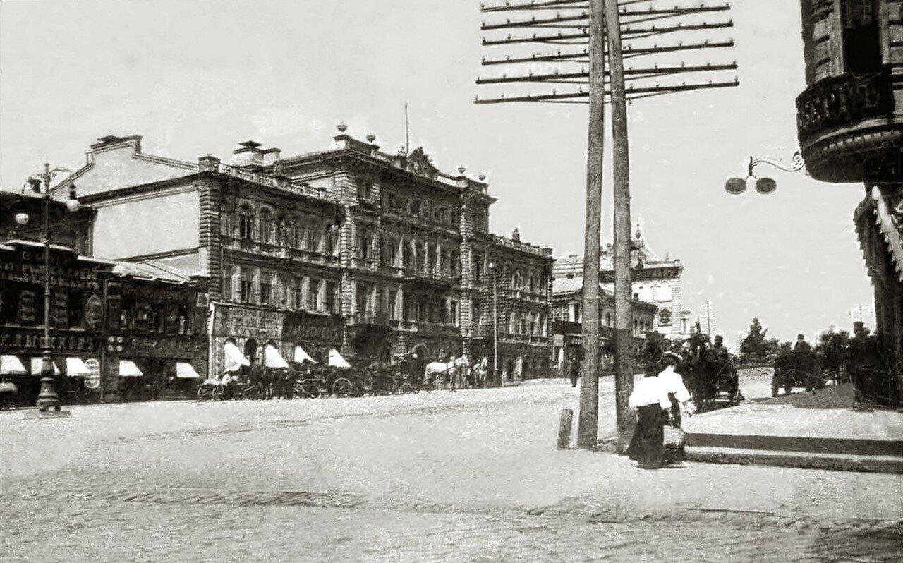 Перспектива Николаевской площади и Городской управы