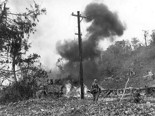 Combat_action_on_Peleliu.jpg