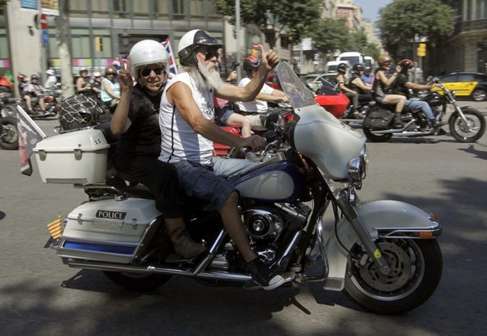 Парад Harley Davidson в Барселоне