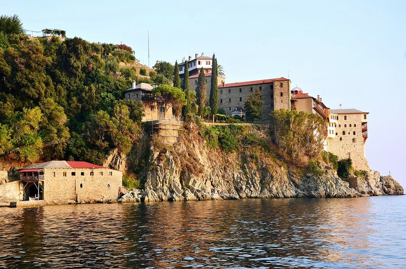 Цель нашего путешествия - монастырь  Григориат