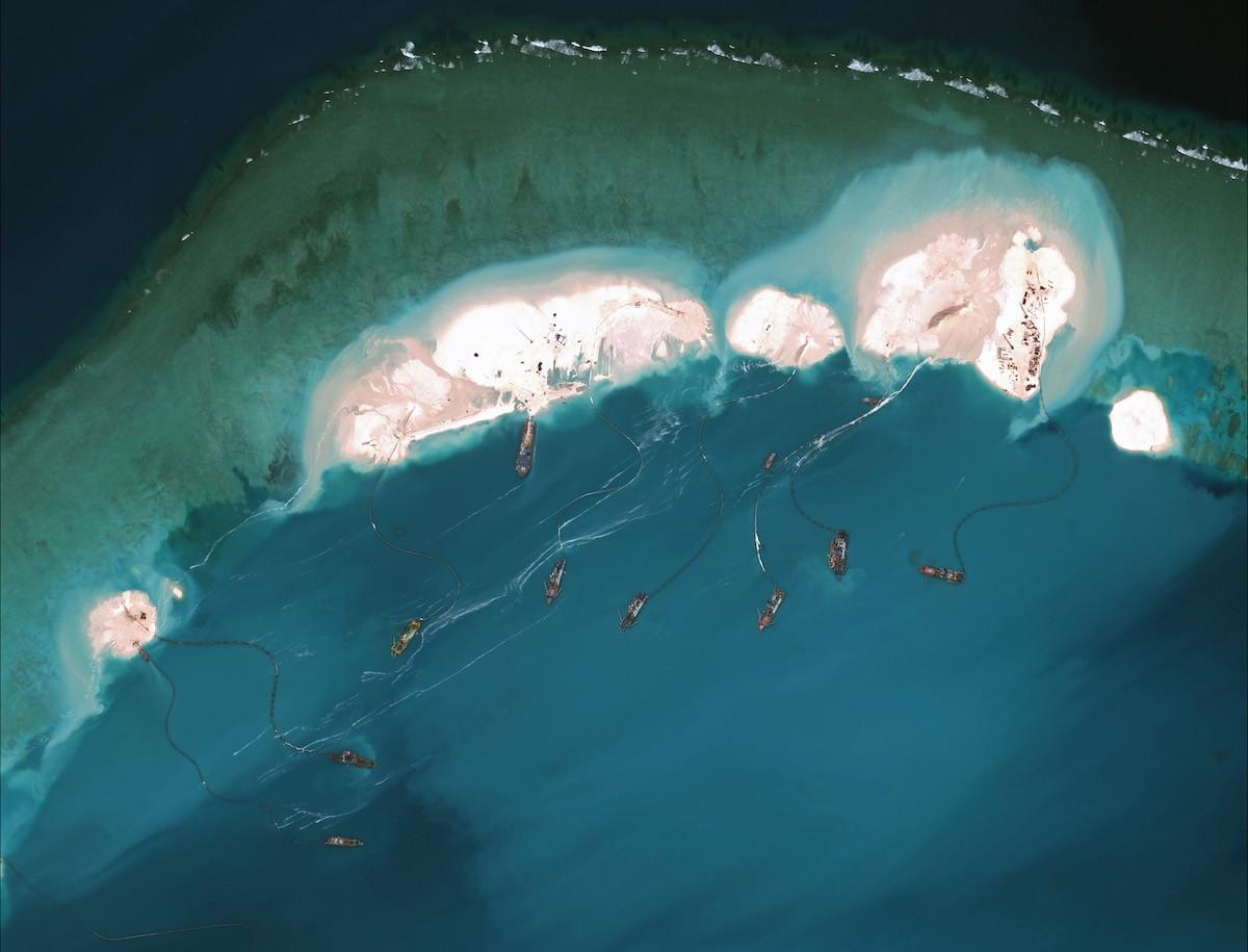 2. Новые острова способны выдерживать большие здания, человеческие поселения и разведывательные сист