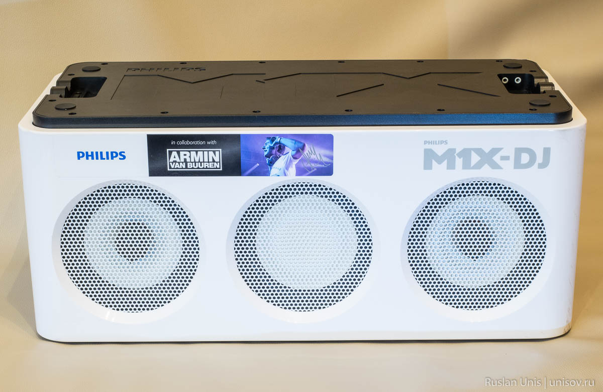 Обзор Philips M1X-DJ