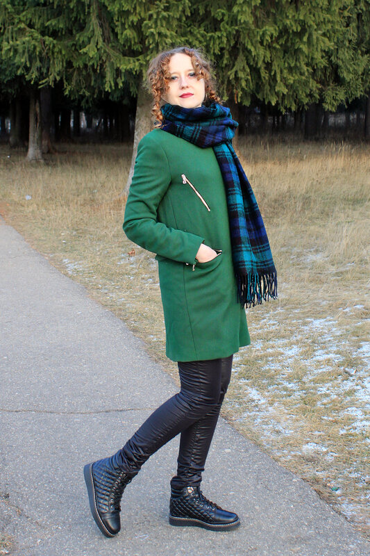 Пальто - Zara, шарф - Accessorize, ботинки -Topshop