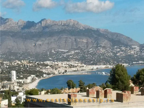 Таунхаус в Alfas del Pi, таунхаус в Анфас дель Пи, городской дом, недвижимость в Испании, недвижимость в Аликанте, Alicante, Alfas del Pi, CostablancaVIP, Costa Blanca, залоговая недвижимость, таунхаус от банка, дом в городе