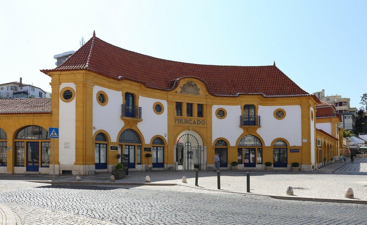 Leiria. Saint Anne's market (Mercado de Sant'ana)