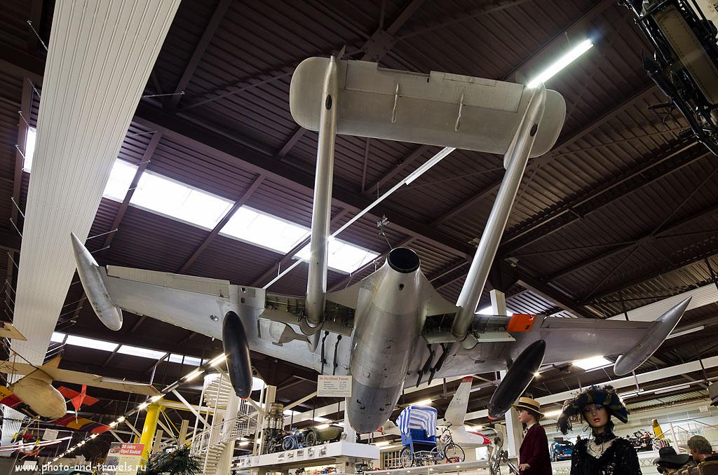 17. Самолеты в павильонах музея