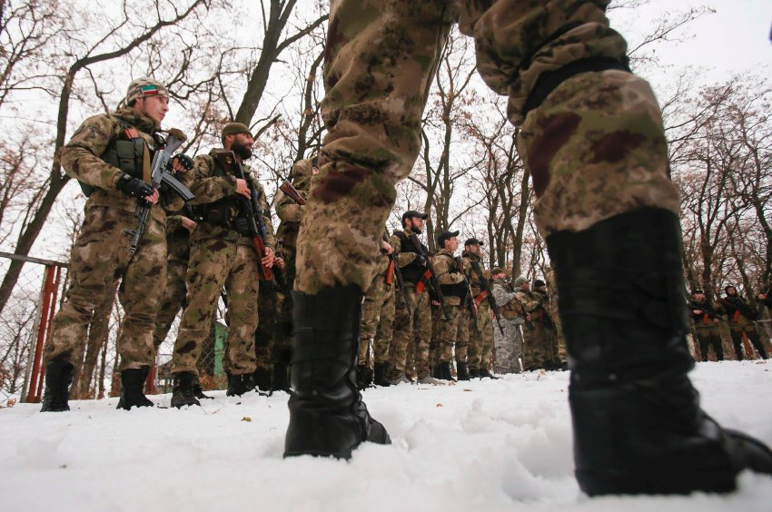 """Pro-Russian separatists from the Chechen """"Death"""" battalion take part in a training exercise in the territory controlled by the self-proclaimed Donetsk People's Republic"""