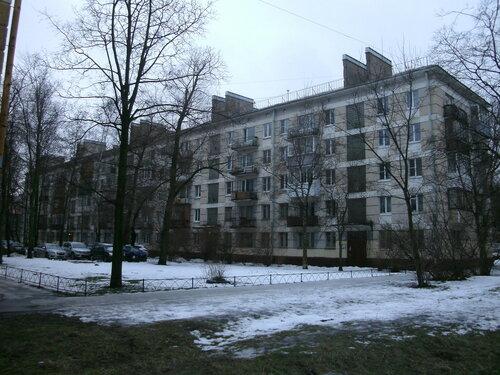 ул. Ленсовета 40