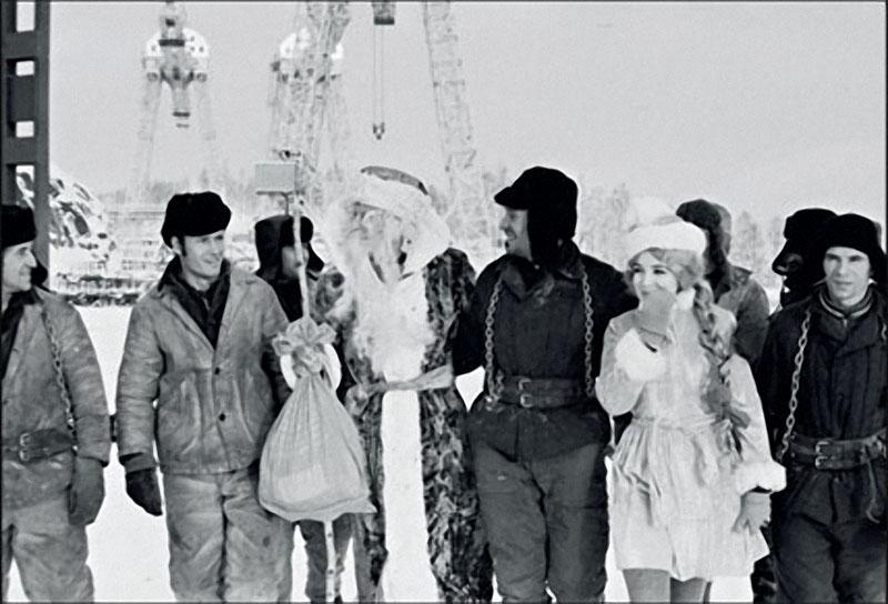 1971. Строители Усть-Илимской ГЭС, Иркутская область.jpg