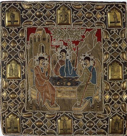 Покров на гробницу Сергия Радонежского с изображением Троицы, работа приписываемая царевне Ксении Годуновой.jpg