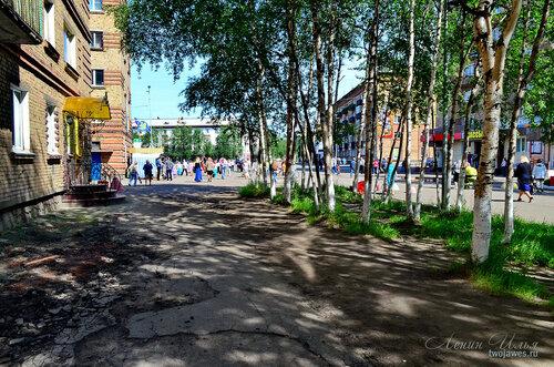 Фото города Инта №7718  Горького 2, Бабушкина 1, Кирова 38, 31 и Горького 1 21.06.2015_12:53