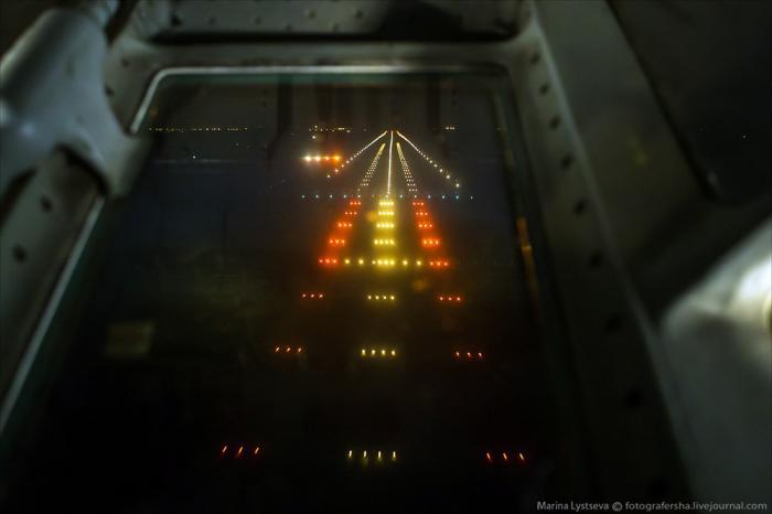 Взгляд из кабины штурмана Ил-76