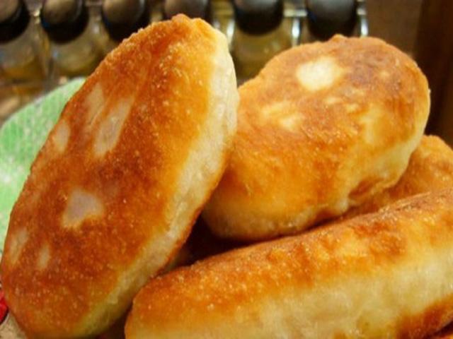 Быстрый пирожков с картошкой жареные с фото