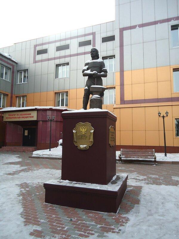 Прокопьевск. Памятник Петру Первому