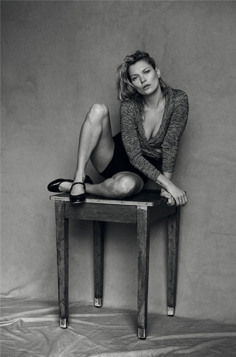 Мрак поглотил Кейт Мосс / Kate Moss by Peter Lindbergh in Vogue Italia january 2015