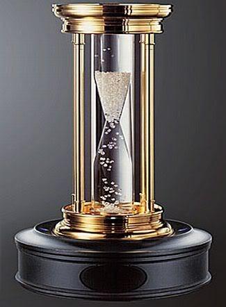 Песочные часы с бриллиантами