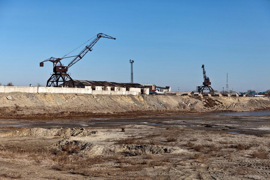 10. Пустыни юго-западного Казахстана.