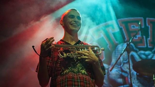 Интервью с лидером ска группы «Distemper» Вячеславом «Дацентом» Бирюковым