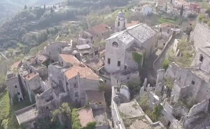 город призрак в италии