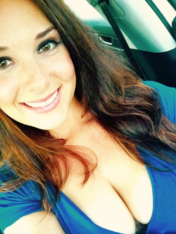 Обладательницы большой красивой груди под хештегом #FLBP