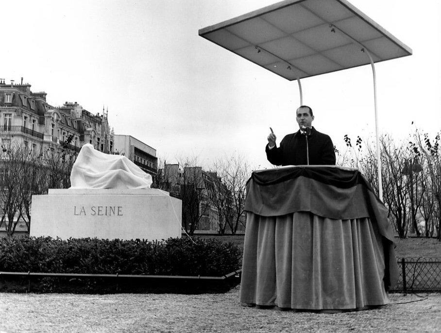 1964. Инаугурация, Париж