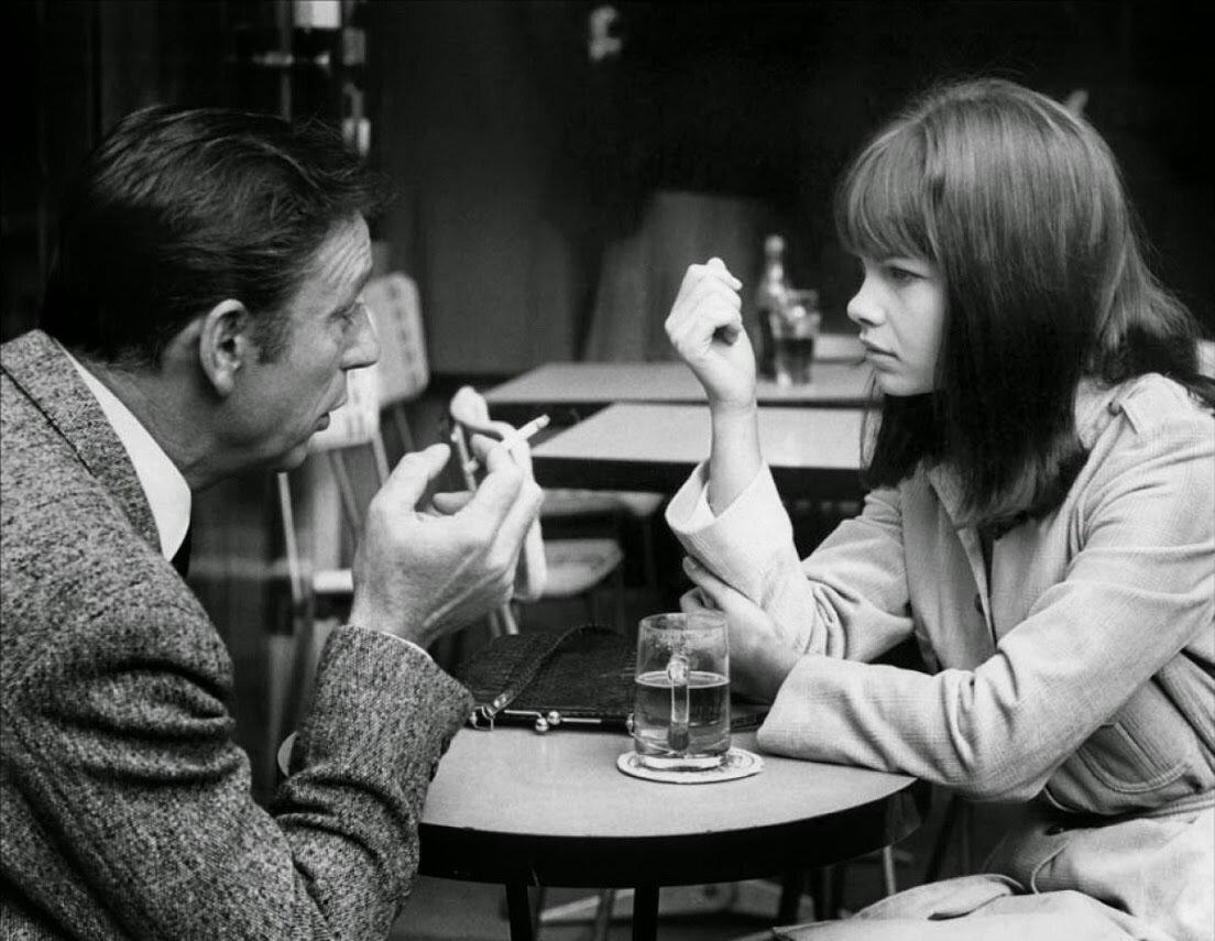 1966. Женевьев Бюжольд и Ив Монтан на съемках «Война окончена»