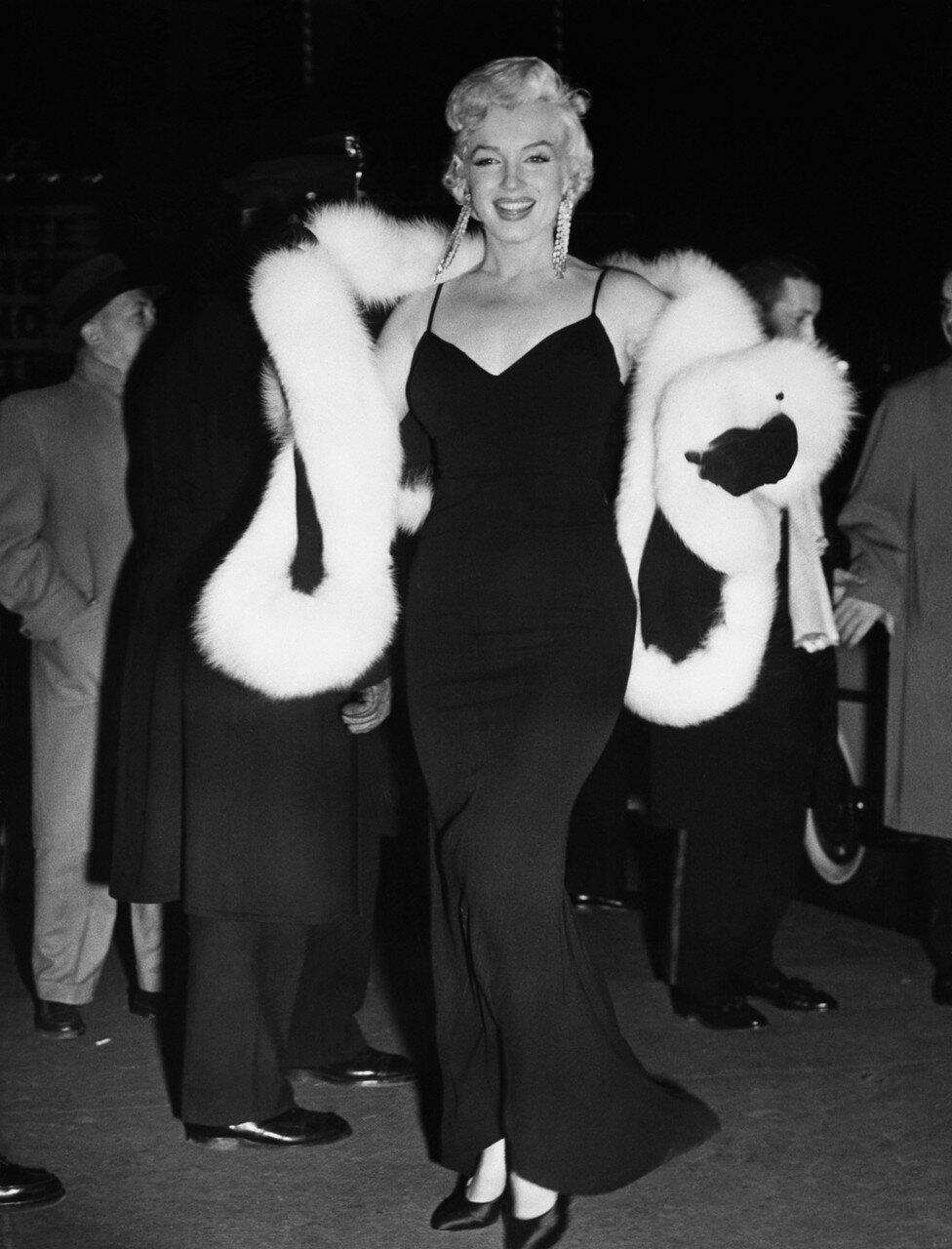 Monroe Arrives For Premiere
