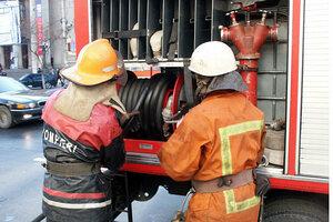 На автостоянке Кишинева сгорело несколько автомобилей