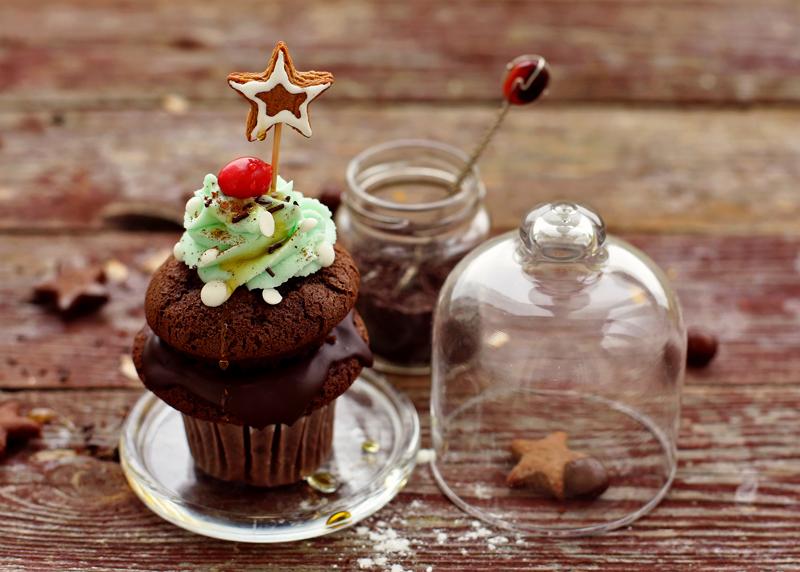Шоколадные капкейки - пошаговый рецепт с фото #11.