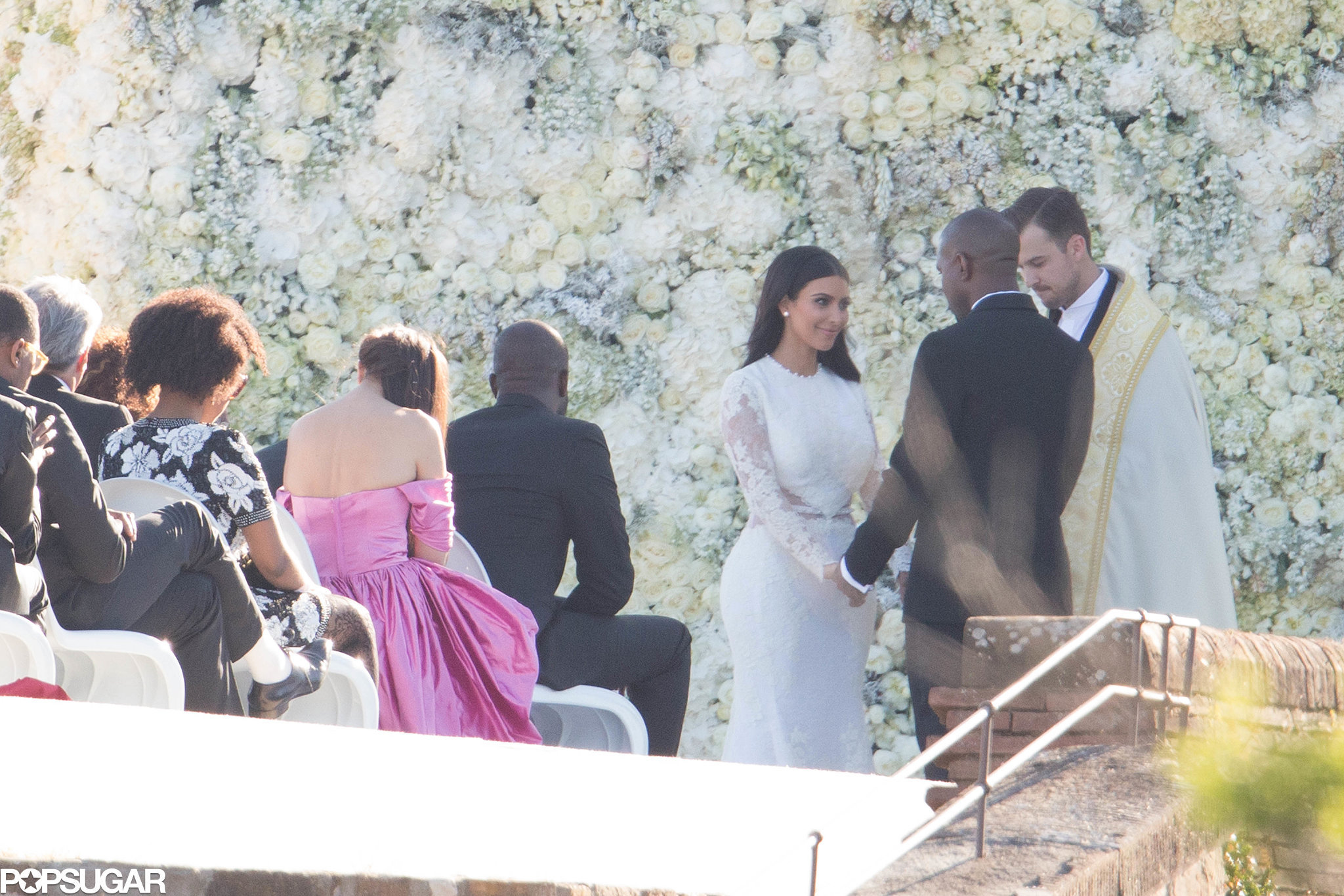 Мало фото со свадьбы