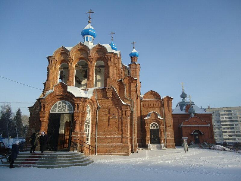 Бийск. Храм Димитрия Ростовского