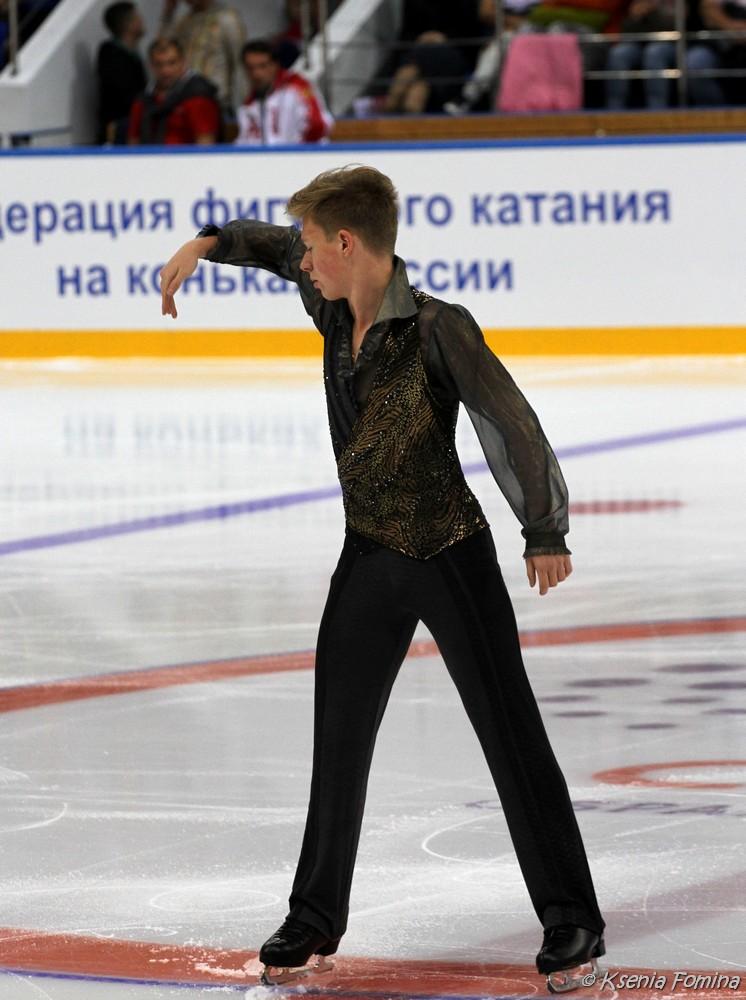 Александр Петров 0_c67a9_5c593cdf_orig