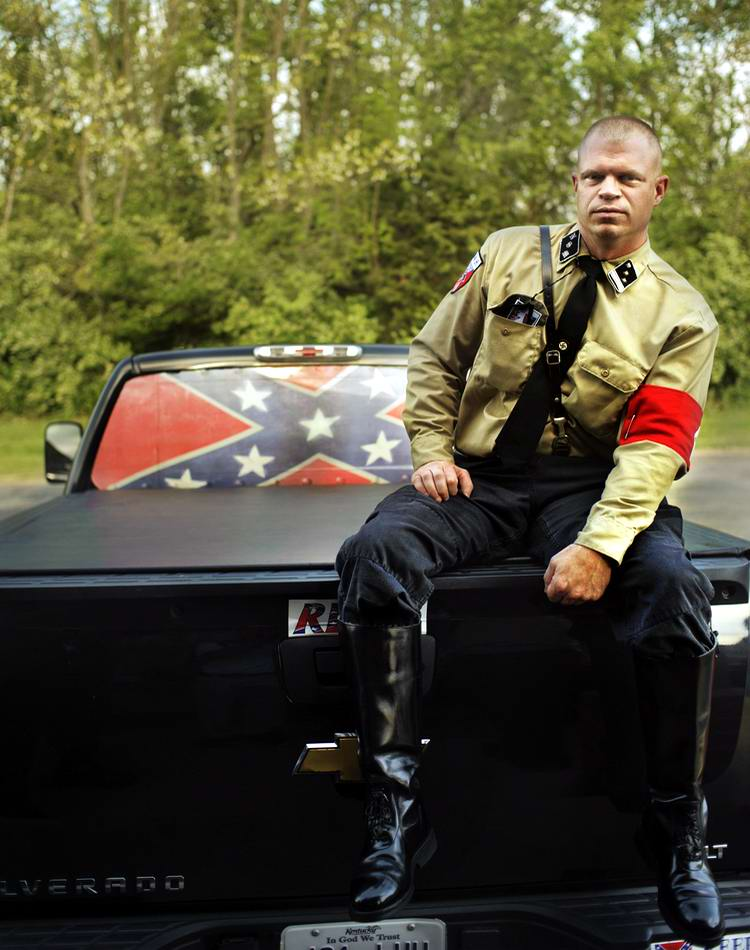 Американский фотограф Johnny Milano: Национал-социалистическое движение США в действии (4)