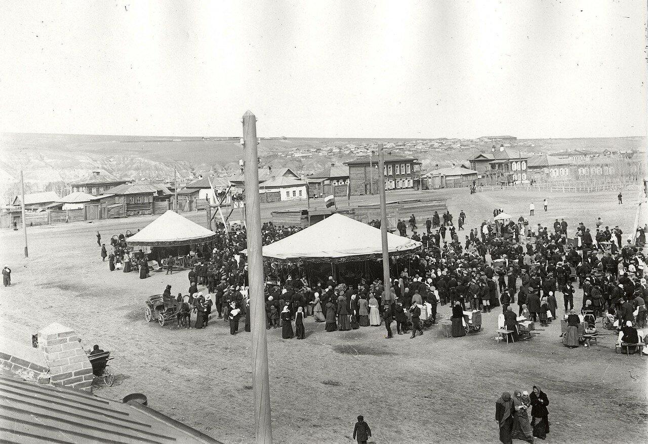 Карусели на Новобазарной площади.1910-е