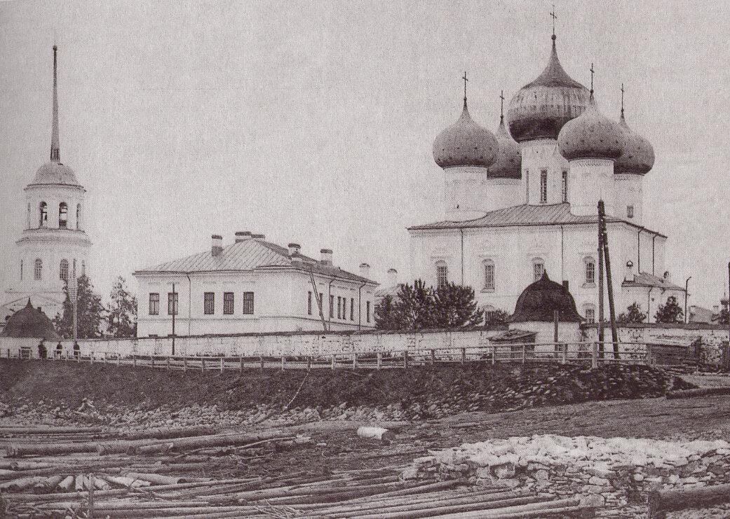 Соборная церковь Михайло-Архангельского монастыря