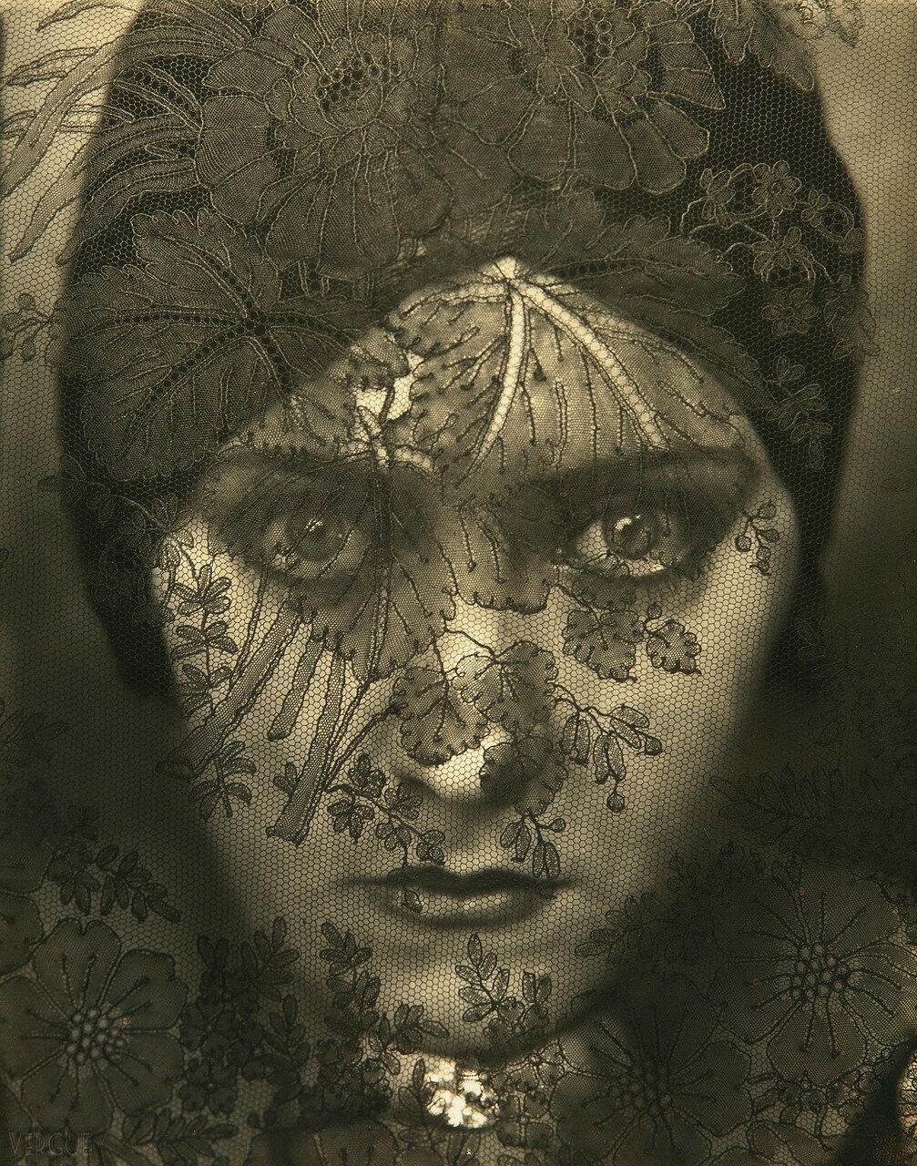 1924. Глория Свенсон
