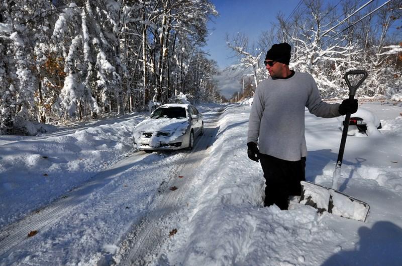 Небывалые снегопады в штате Нью-Йорк в ноябре 2014 года