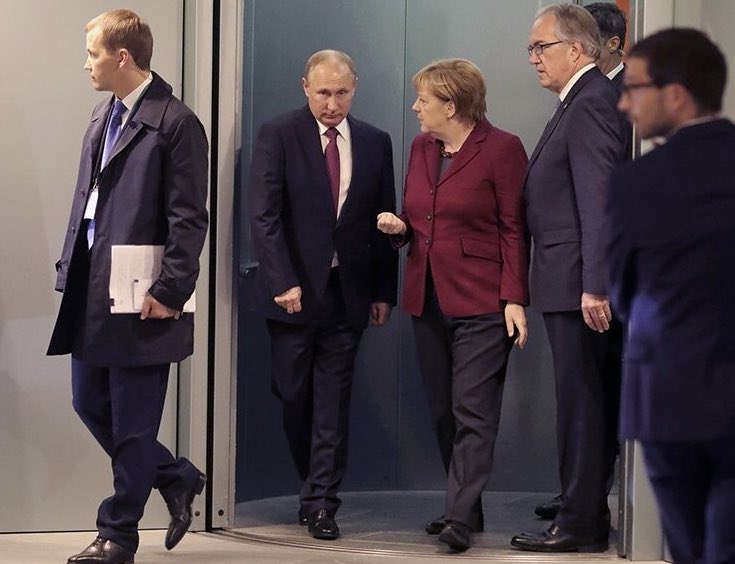 Путин в Берлине.jpg